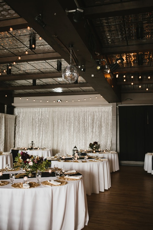S + A / Tyee Yacht Club Waterfront Fall Wedding, Seattle