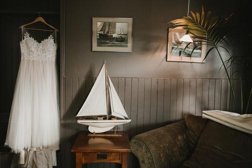 S + A / Tyee Yacht Club Waterfront Fall Wedding, Seattle