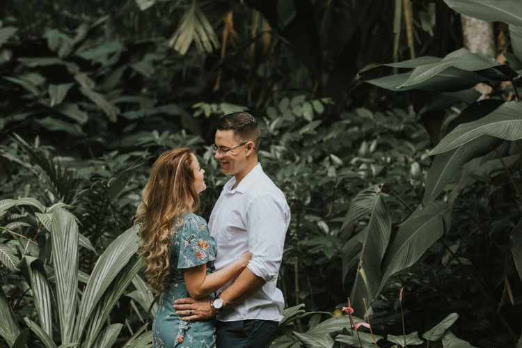 Taylor Jarrod Couple S Session At Ho Omaluhia Botanical Garden