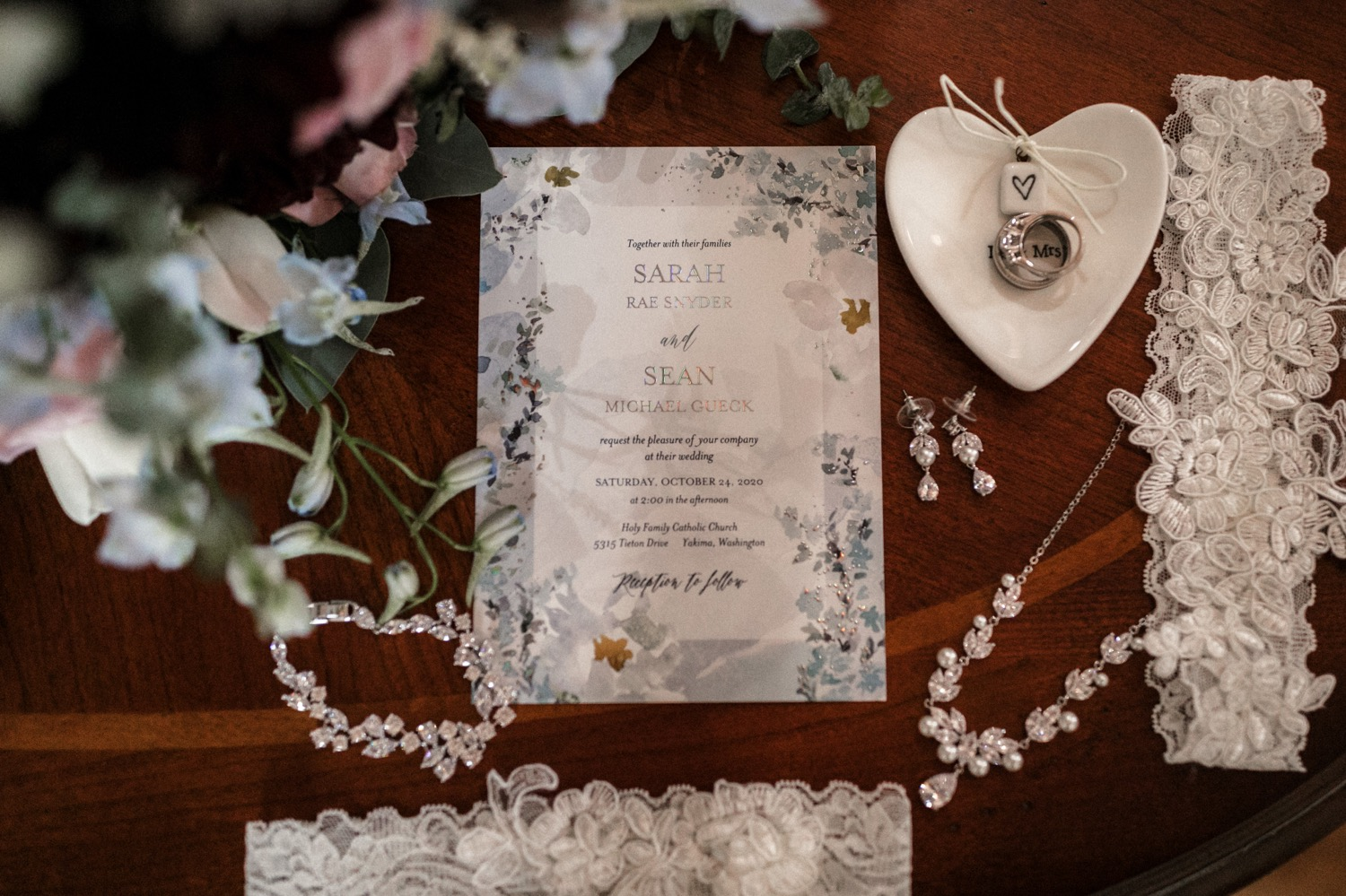 Yakima Intimate Fall Wedding