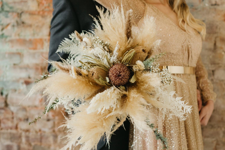 pampasgrass wedding bouquet