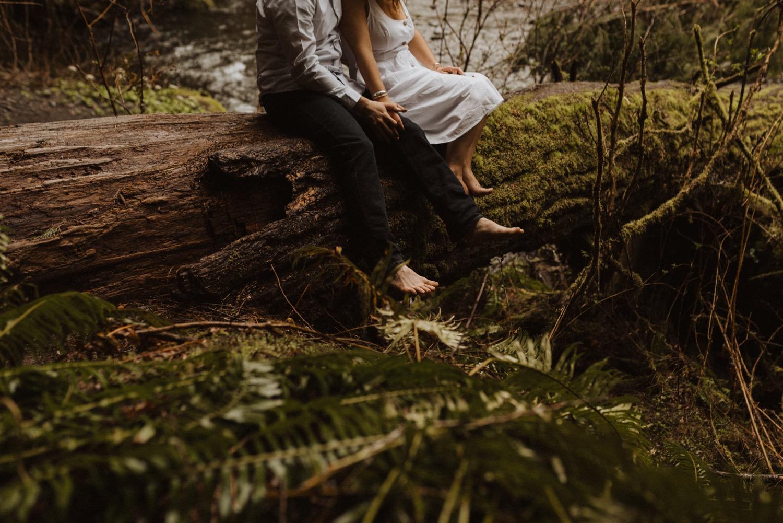 https://content1.getnarrativeapp.com/static/27949a30-7b31-49db-85b2-d6f526329e24/olympic-National-park-la-push-engagement-photos-lake-Crescent-Washington-photographer.?w=1500