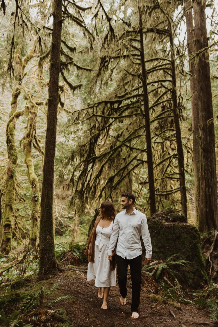 https://content1.getnarrativeapp.com/static/2c31530a-e20b-4e92-a04a-ac533230a824/olympic-National-park-la-push-engagement-photos-lake-Crescent-Washington-photographer.?w=750