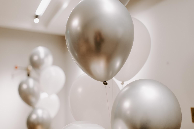 Wedding details balloons. Ilmapallot häihin.