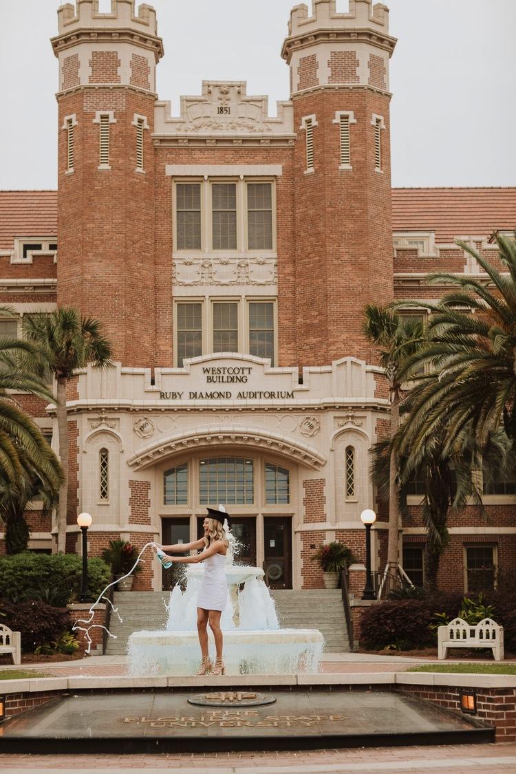 Florida State Grad   Brooke - Sydney Renee Photos