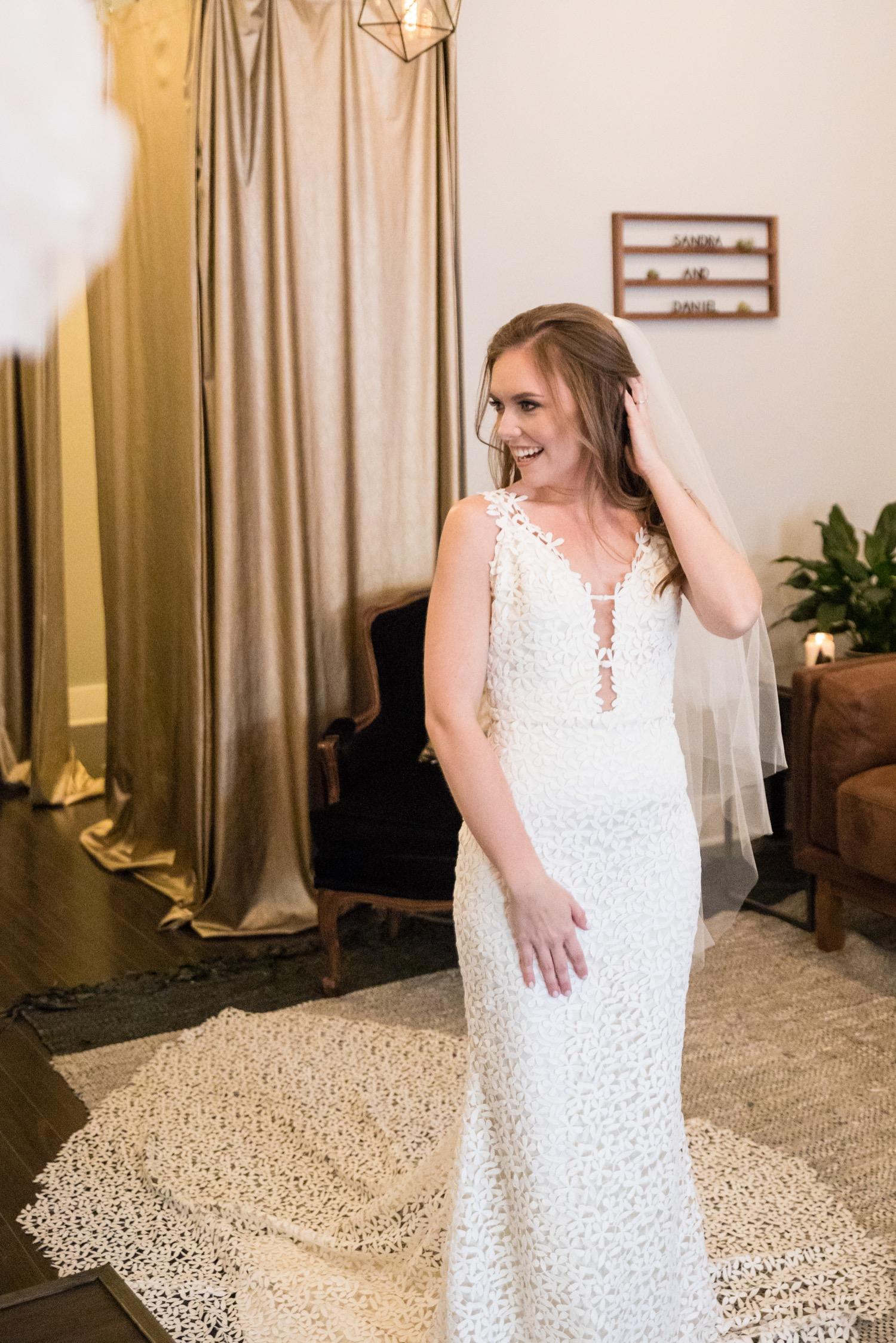 e92b18a5680 Unique Wedding Dresses Chicago