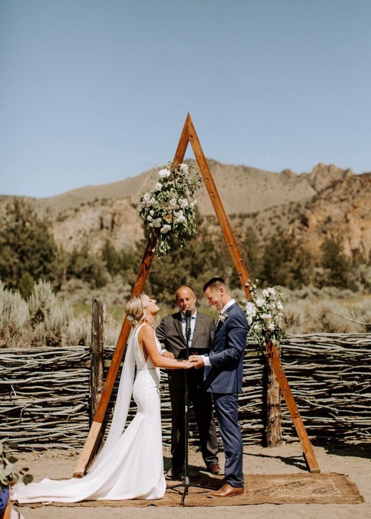 Ranch At The Canyons ranch at the canyons wedding | vera gayazov, bend oregon