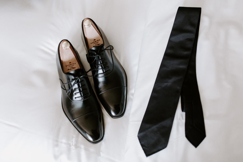Grooms shoe details. Helsinki hääkuvaaja.