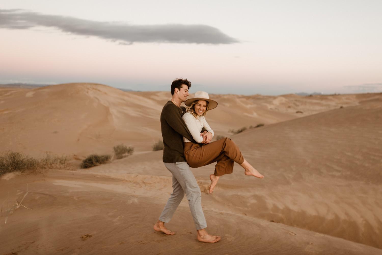 https://content1.getnarrativeapp.com/static/c0407254-e349-4496-bcb4-f80b058d14a4/glamis-Sand-dunes-San-diego-engagement-photos-adventurous-engagement-photos-death-valley-engagement-photos.jpg