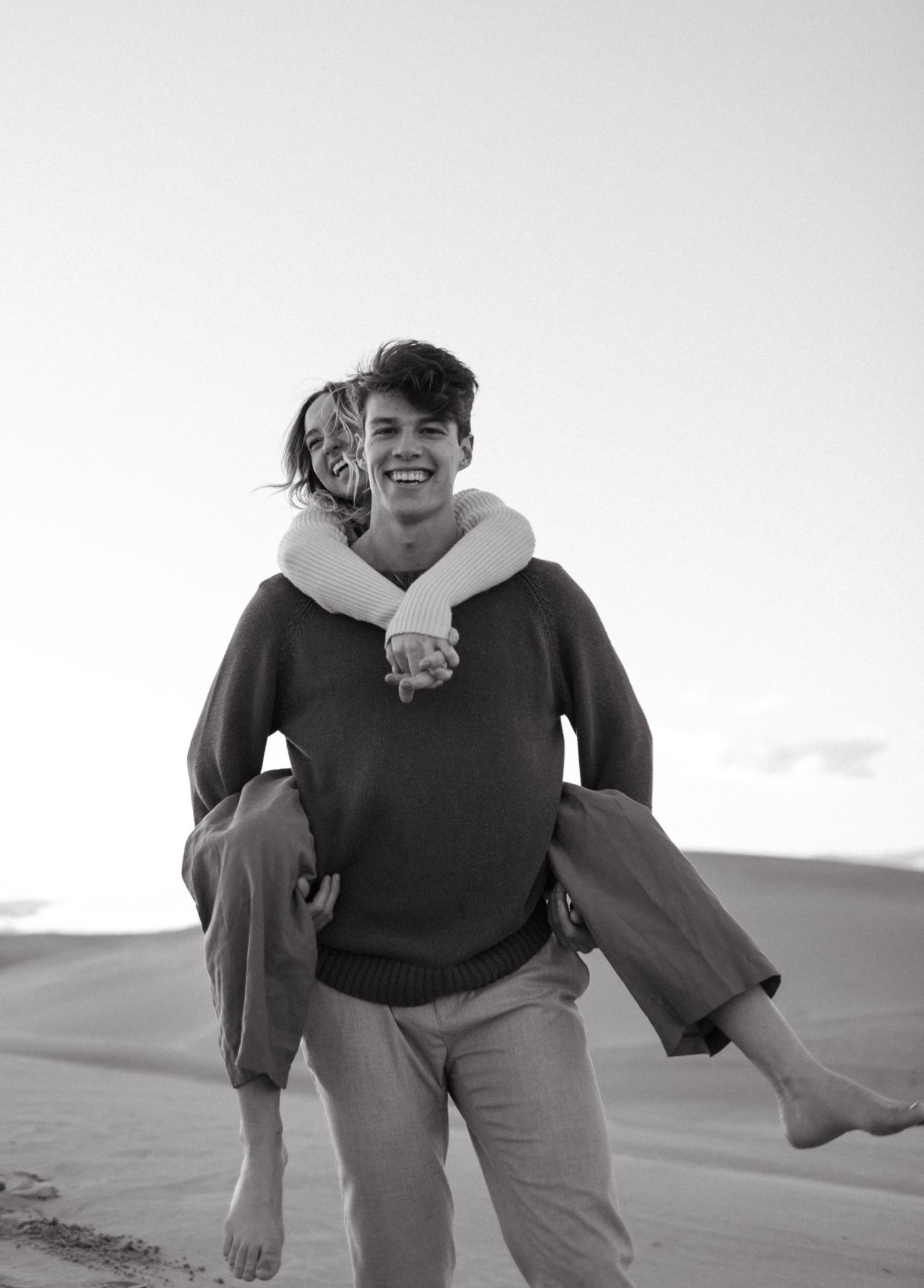 https://content1.getnarrativeapp.com/static/cc2d079c-8ba2-440b-94f7-e91a8d3b9027/glamis-Sand-dunes-San-diego-engagement-photos-adventurous-engagement-photos-death-valley-engagement-photos.jpg