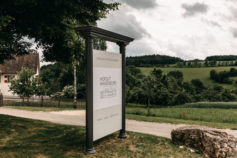 Freie Trauung auf der Maisenburg Hayingen
