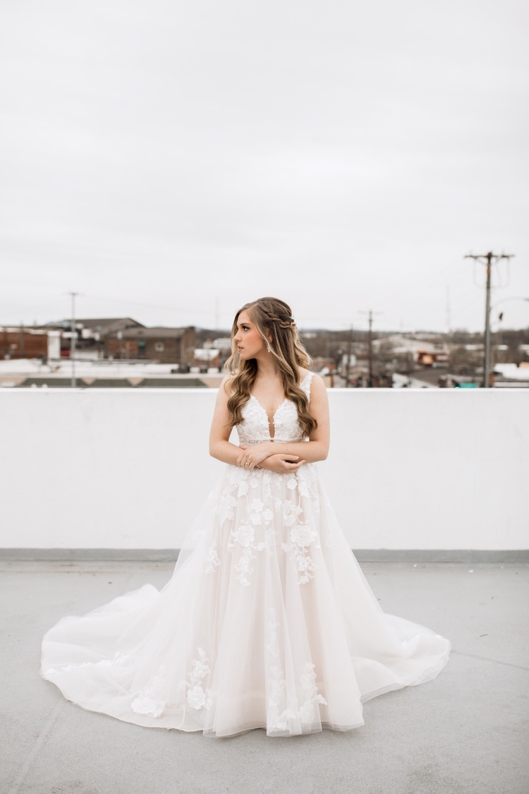 Industrial + Romantic Bridal Portraits — Savanna Kaye Photo