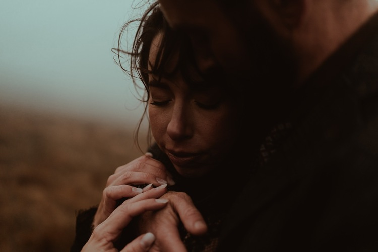 Couple-hugging-In-Fog-during-dingle-Elopement-by-Ireland-Elopement-photographer-belle-art-photography.jpg?w=750